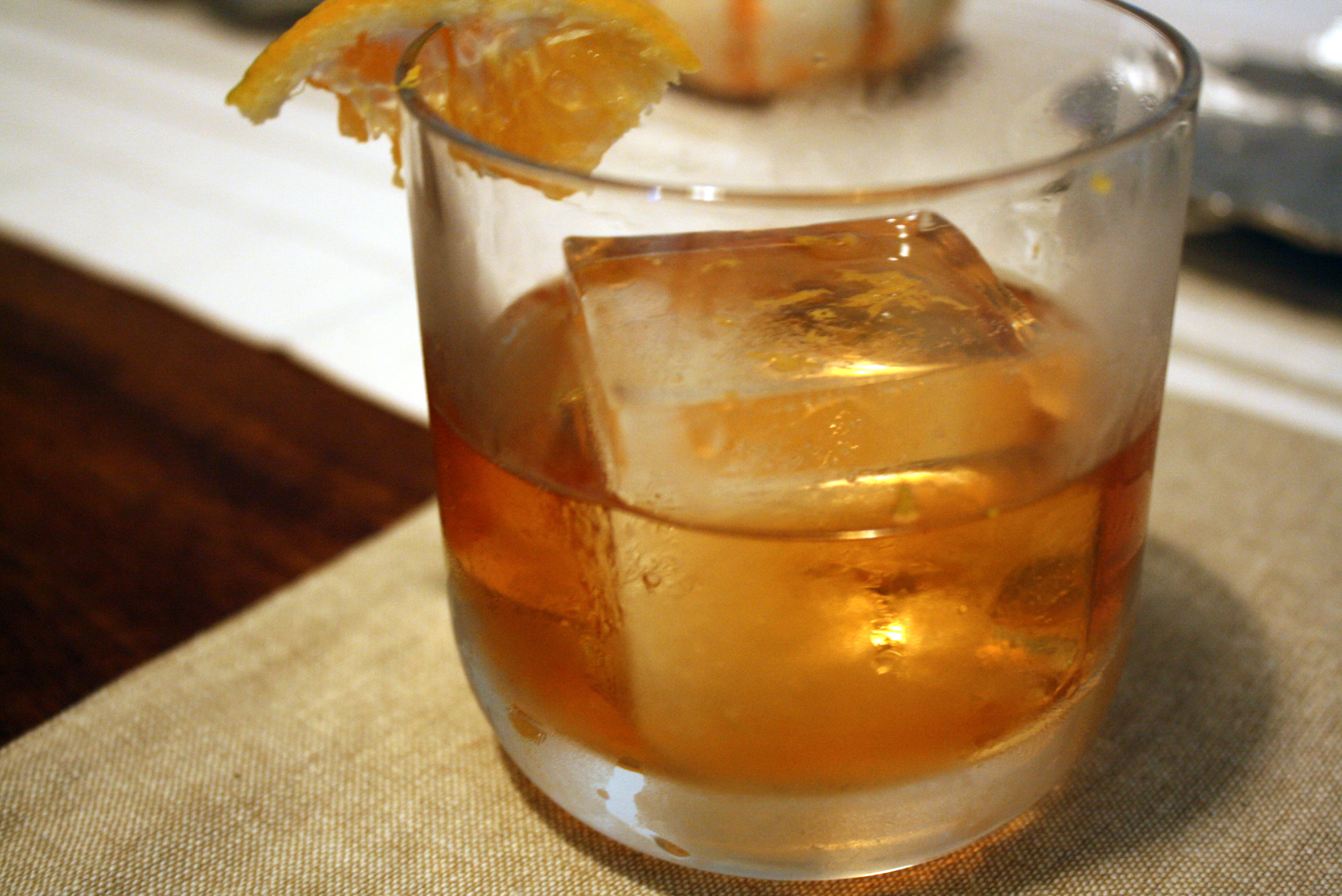 Perfect old fashioned cocktail 9